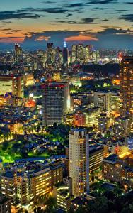 Картинка Япония Токио Здания Небоскребы Мегаполис Ночные Города