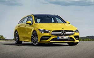 Обои для рабочего стола Mercedes-Benz Желтый Металлик 2018 AMG CLA 35 4MATIC Shooting Brake Worldwide авто