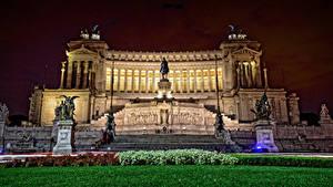 Картинки Рим Италия Памятники Скульптуры Ночь Кустов Altare della Patria