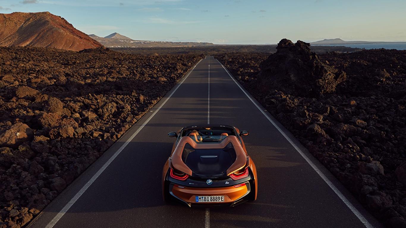 Картинка БМВ 2018 i8 Родстер оранжевые Дороги Автомобили 1366x768 BMW оранжевых Оранжевый оранжевая авто машина машины автомобиль