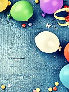 Обои для рабочего стола День рождения Праздники Воздушным шариком Шаблон поздравительной открытки
