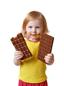 Фотография Шоколад Шоколадная плитка Белый фон Девочки Взгляд Дети