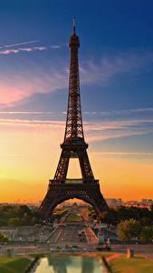 Обои для рабочего стола Франция Рассвет и закат Париж Эйфелева башня Города