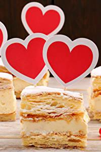 Картинка День святого Валентина Сладости Пирожное Сердце Продукты питания