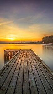 Фотография Норвегия Река Лофотенские острова Рассветы и закаты Пристань Пейзаж Rogaland