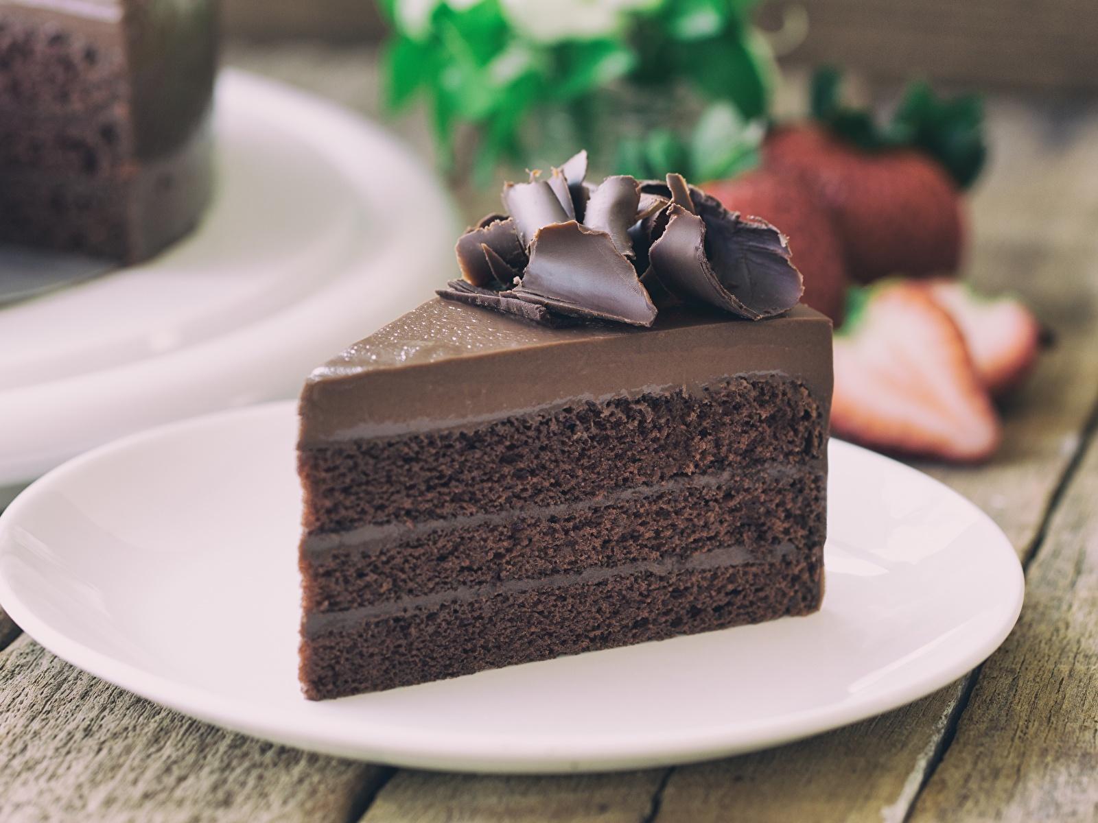 Фотография Шоколад Торты кусочки Еда Тарелка 1600x1200 часть Кусок кусочек Пища тарелке Продукты питания