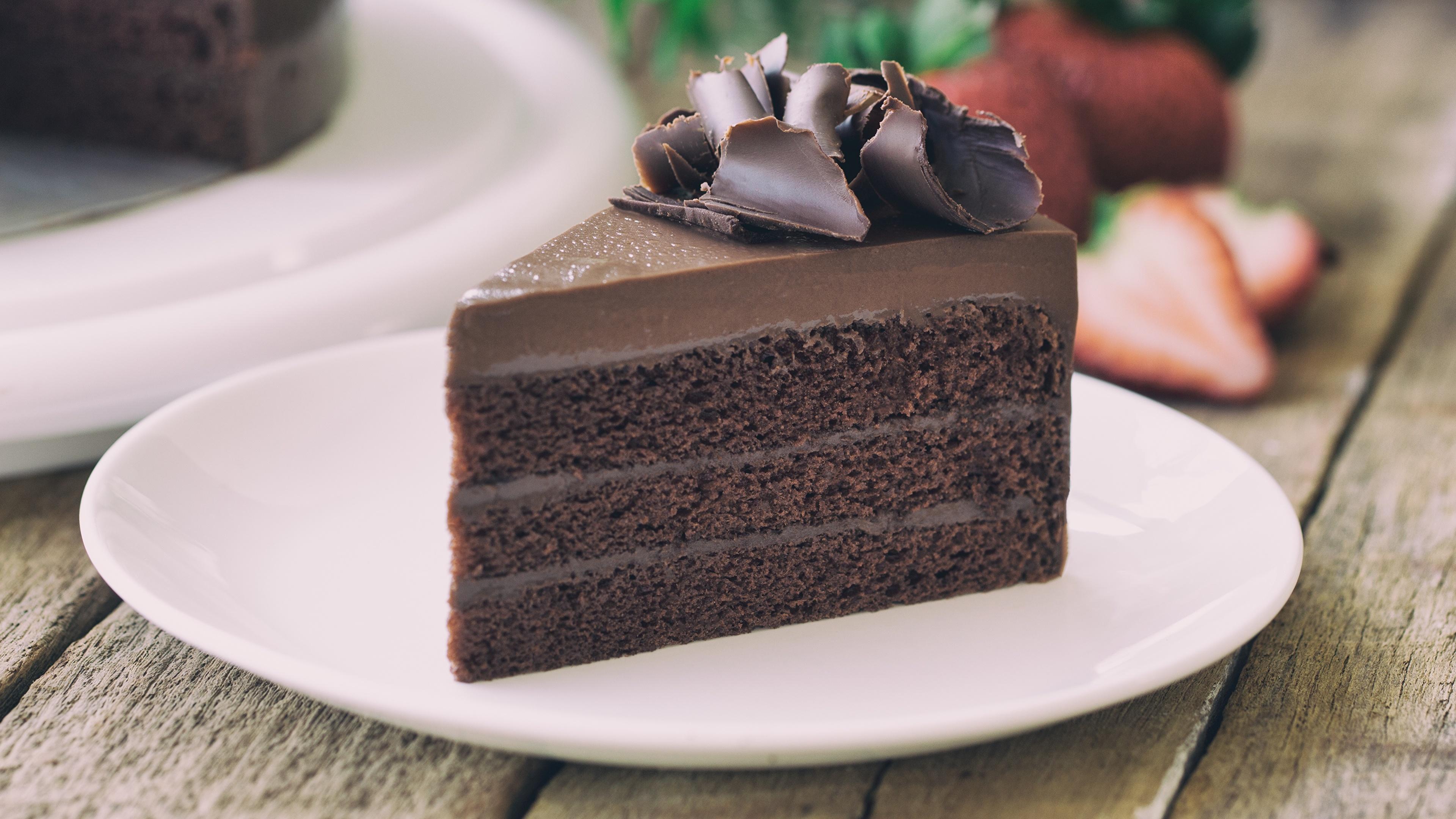 Фотография Шоколад Торты кусочки Еда Тарелка 3840x2160 часть Кусок кусочек Пища тарелке Продукты питания