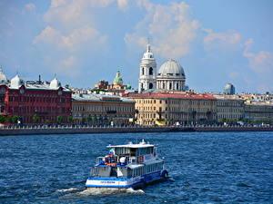 Обои Речка Речные суда Здания Россия Санкт-Петербург Купол город
