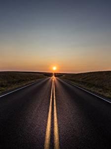 Картинки Дороги Рассветы и закаты Асфальт