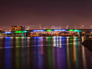 Фото США Здания Реки Мосты Калифорнии Ночь Queensway Bridge in Downtown Long Beach Города