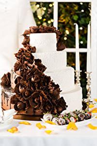 Фото Сладости Торты Шоколад Конфеты Еда