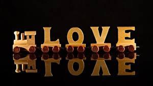 Фото Поезда Любовь Черный фон Деревянный Английский Отражение