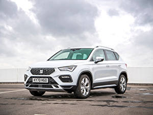 Картинка Сиат Белая CUV Металлик Ateca Xperience, UK-spec, 2020 авто