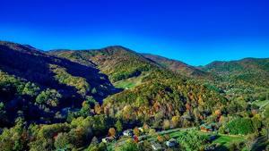 Картинка Штаты Горы Леса Осень Пейзаж Деревня North Carolina Природа