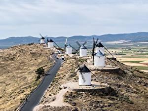 Картинка Дороги Испания Мельницы Холмов Consuegra, Toledo Города