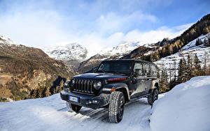 Фото Джип Внедорожник Черный Снег 2018-19 Wrangler Unlimited Rubicon Авто