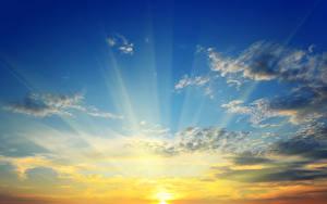 Картинки Рассветы и закаты Небо Облака Солнце Лучи света