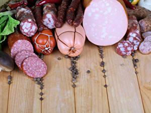 Обои Перец чёрный Мясные продукты Колбаса Доски Пища