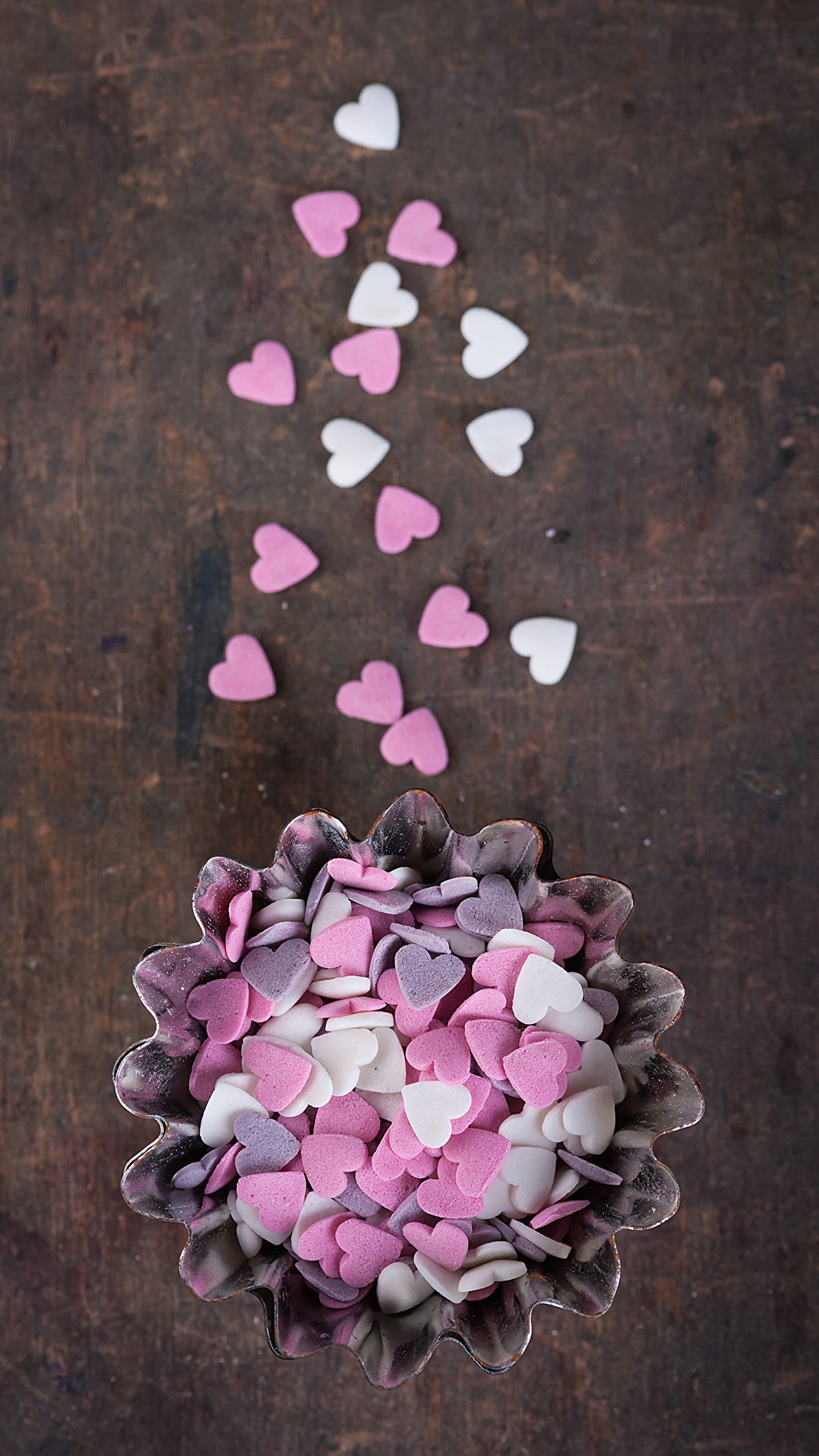 Фотография День святого Валентина сердечко Конфеты Пища Сладости 1440x2560 День всех влюблённых Сердце Еда Продукты питания