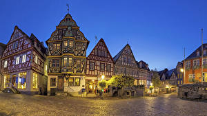 Фото Германия Дома Улица Ночью Уличные фонари Idstein Hesse Города