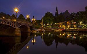 Фотография Стокгольм Швеция Река Мосты Пристань Ночные Уличные фонари Города