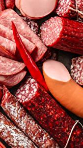 Обои Мясные продукты Колбаса Еда