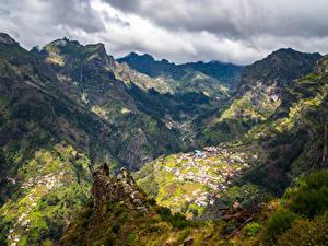 Фотографии Португалия Горы Здания Каньон Canela Madeira Islands