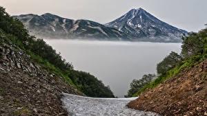 Обои Россия Камчатка Гора Реки Тумане Природа