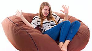 Фотография Белый фон Блондинка Кресло Сидящие Счастье Руки Девушки