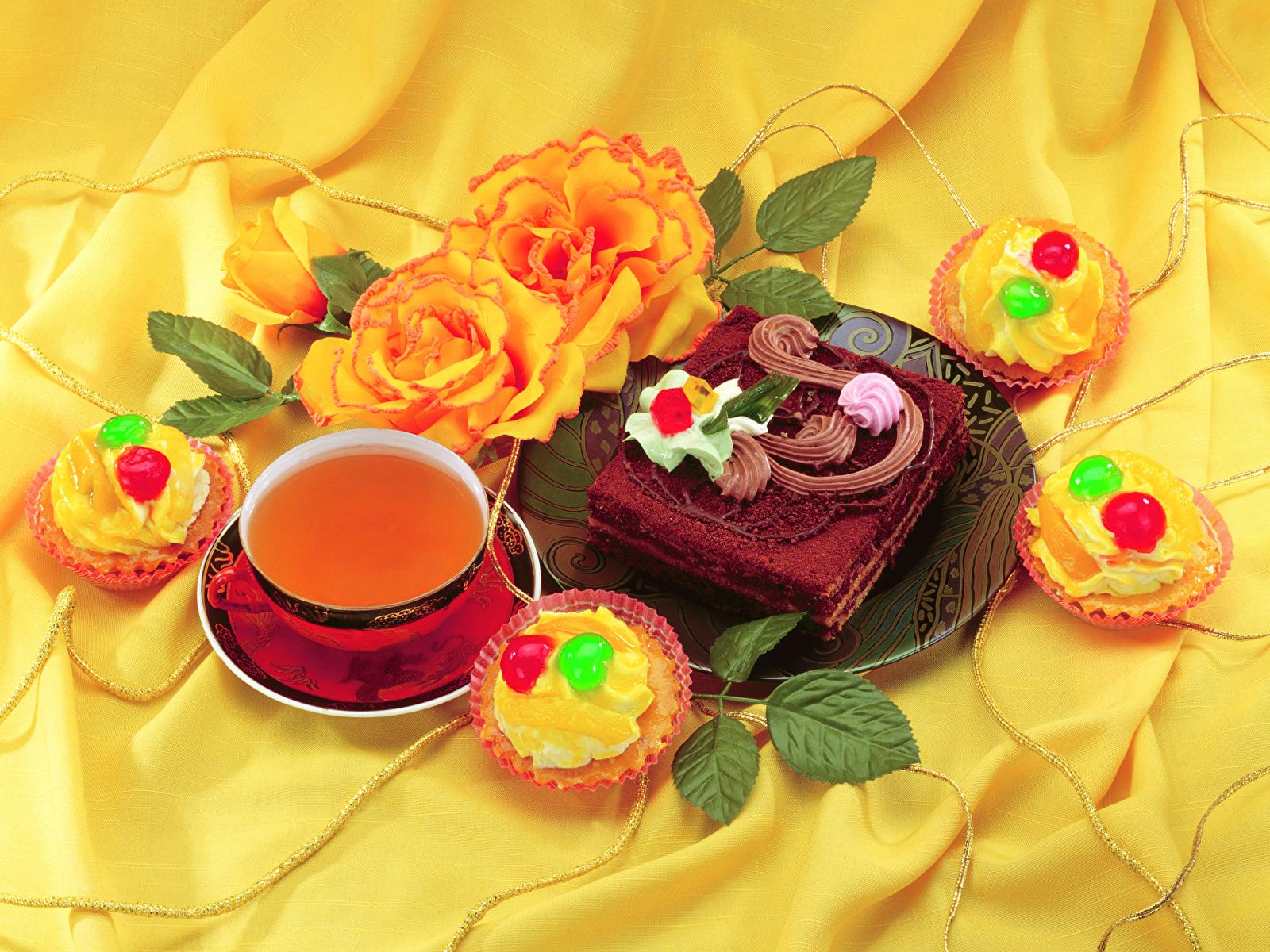 Фотографии Чай Торты Пирожное Еда Чашка Розы Натюрморт 1600x1200 Пища чашке Продукты питания роза