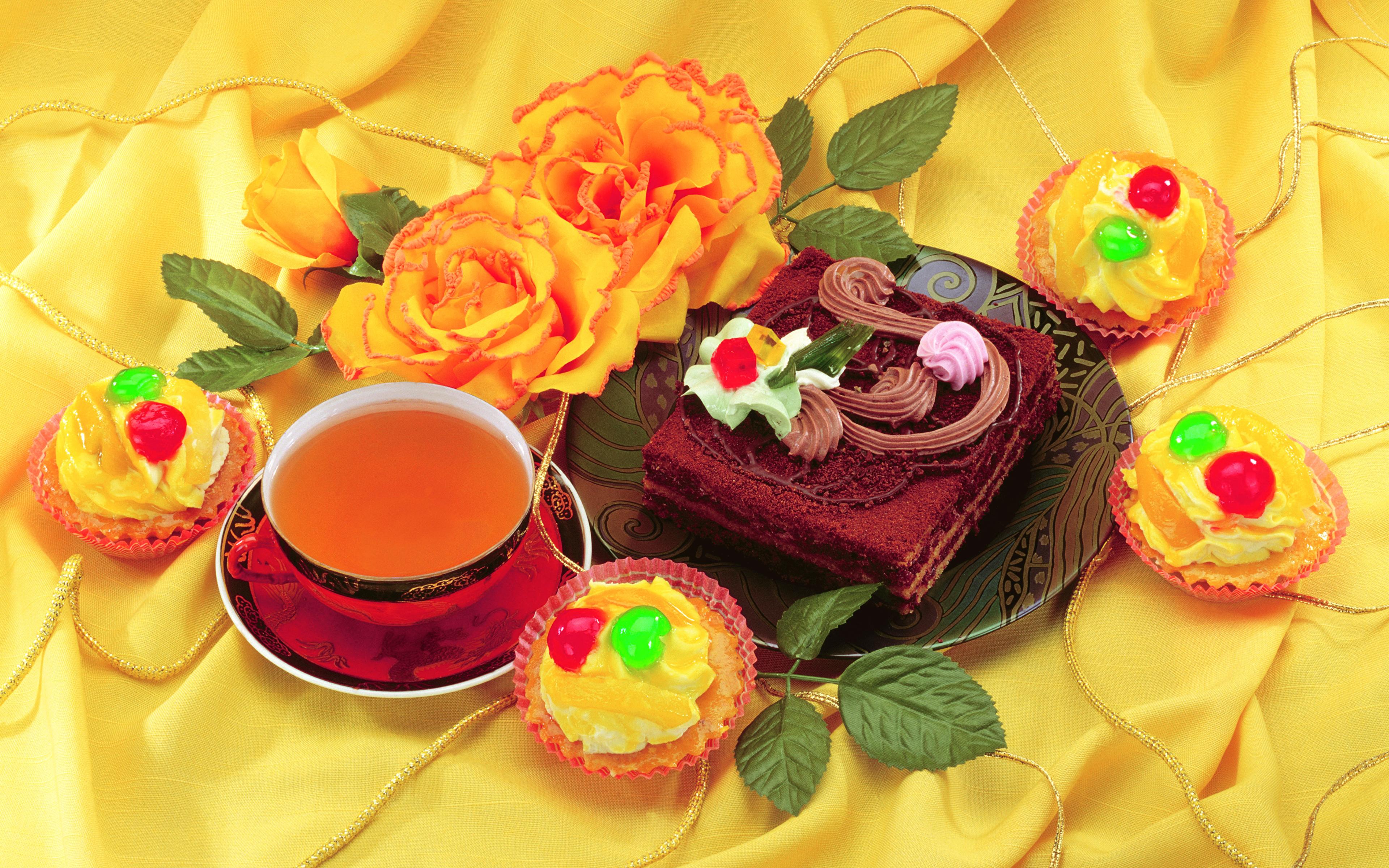 Фотографии Чай Торты Пирожное Еда Чашка Розы Натюрморт 3840x2400 Пища чашке Продукты питания роза