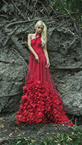 Обои Блондинка Платье Красный Девушки