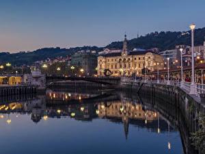 Фотографии Испания Здания Реки Мосты Уличные фонари Bilbao Города