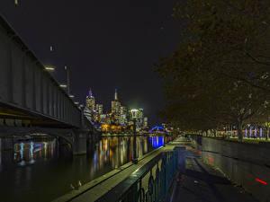 Фотографии Австралия Мельбурн Здания Речка Мосты Ночные Города