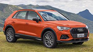 Фотографии Audi Оранжевых Металлик Кроссовер 2019-20 Q3 35 TFSI Latam Автомобили