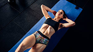 Обои Фитнес Тренируется Живот Девушки Спорт