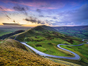 Обои Дороги Небо Англия Пейзаж Холм Облака Mam Tor, Peak District, Derbyshire Природа