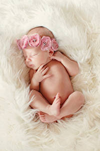 Обои Грудной ребёнок Спящий Руки Ноги Ребёнок