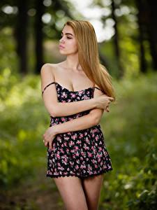 Обои Боке Позирует Платья Рука Mary-Ann, Andrew Filonenko девушка