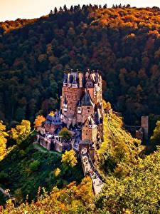 Обои Леса Осень Горы Замки Германия Burg Eltz Природа