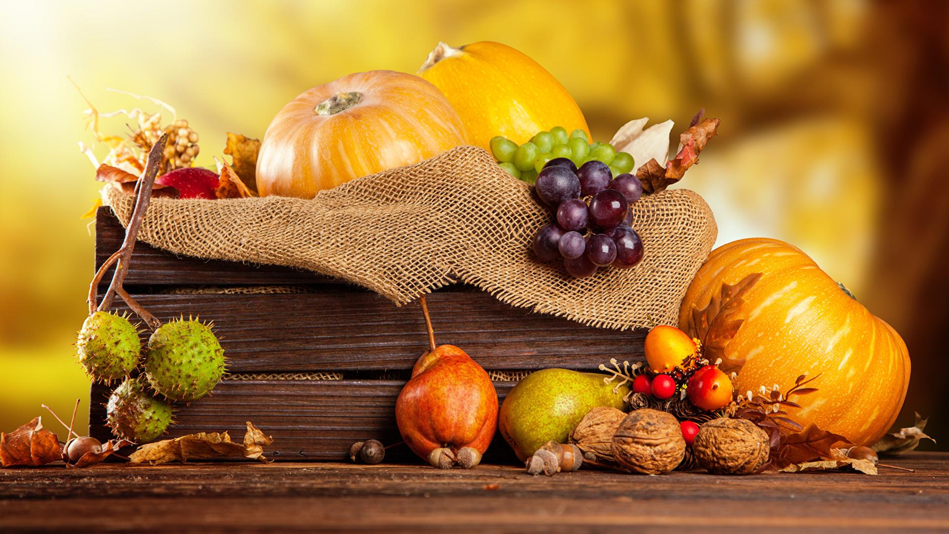 Фото Осень Тыква Груши Виноград Пища Орехи 1920x1080 осенние Еда Продукты питания