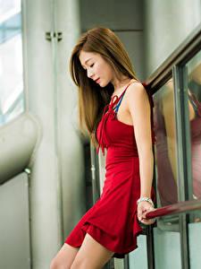 Фотографии Азиатки Боке Платья Красная Шатенки Красивая девушка