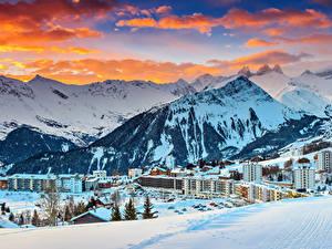 Фото Франция Курорты Дома Горы Зимние Альпы Снегу Облако Le Corbier Города
