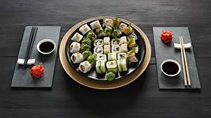 Картинки Суси Палочки для еды Тарелка Соевый соус Пища