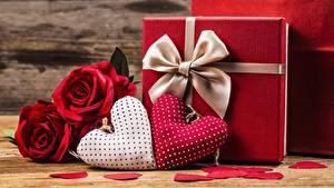 Фотография День всех влюблённых Подарки Сердечко Бантик