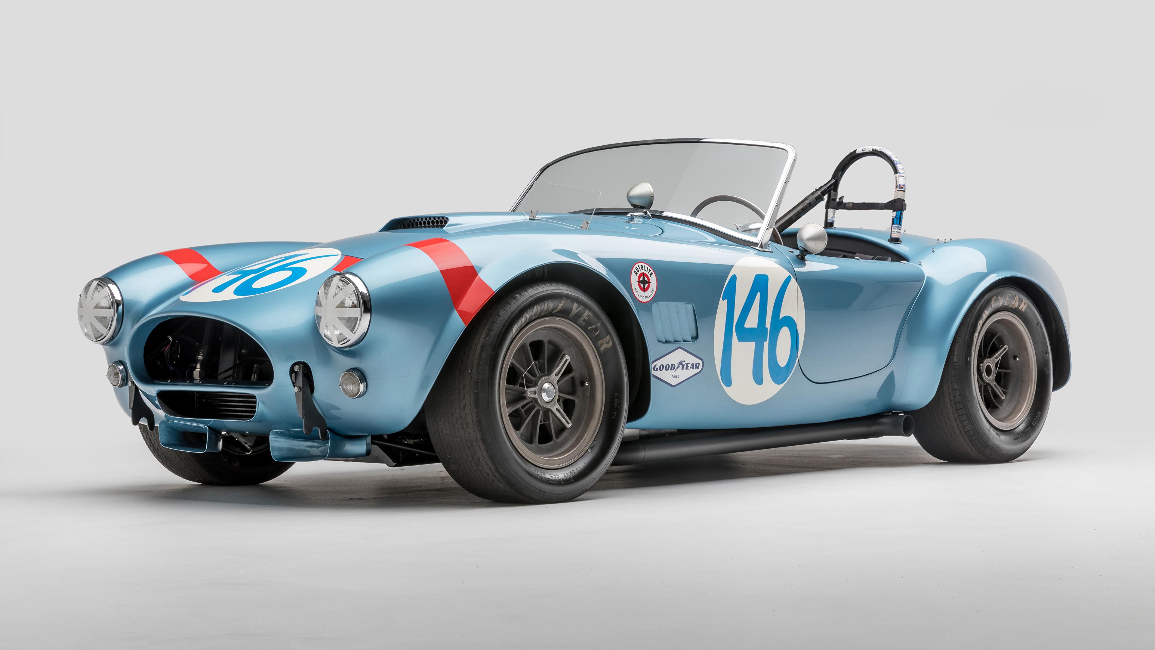 Обои для рабочего стола SSC 1964 Shelby Cobra 289 FIA Competition Родстер Кабриолет Ретро Голубой Автомобили сером фоне 3840x2160 Shelby Super Cars кабриолета винтаж голубых голубые голубая старинные авто машина машины автомобиль Серый фон