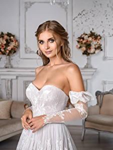 Обои для рабочего стола Платье Рука Невесты Причёска Красивая Взгляд Igor Kondukov Девушки