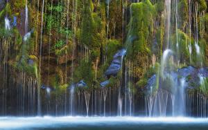 Картинки Штаты Водопады Калифорния Утес Мох Mossbrae falls Природа