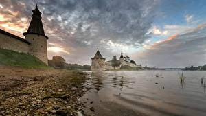 Обои Россия Крепость Камень Берег Реки Башня Pskov, Pskov Kremlin, Trinity cathedral, Pskov region