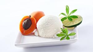 Картинка Сладости Мороженое Абрикос Лимоны Белый фон Шар Еда